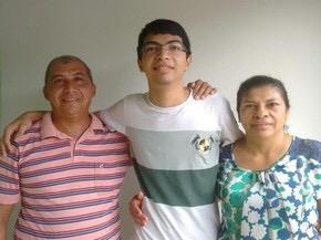Photo of 'Estão em festa', diz filho de pedreiro e doméstica aprovado em medicina
