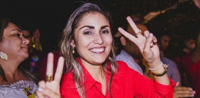 Foto de Michelle será diplomada prefeita de São Lourenço do Piauí nesta quinta
