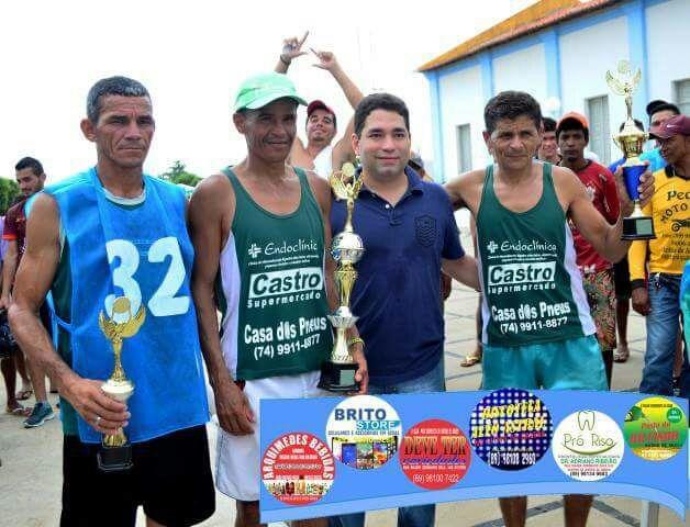Foto de Atletas de Campo Alegre de Lourdes são pódio na mini-maratona de Anísio de Abreu-PI