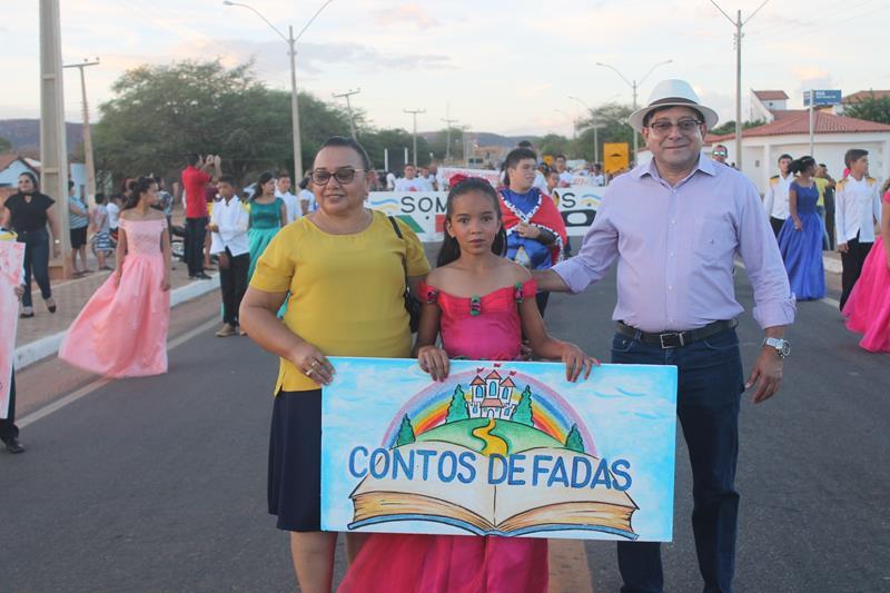 Foto de Desfile cívico marca 7 de setembro em Coronel José Dias