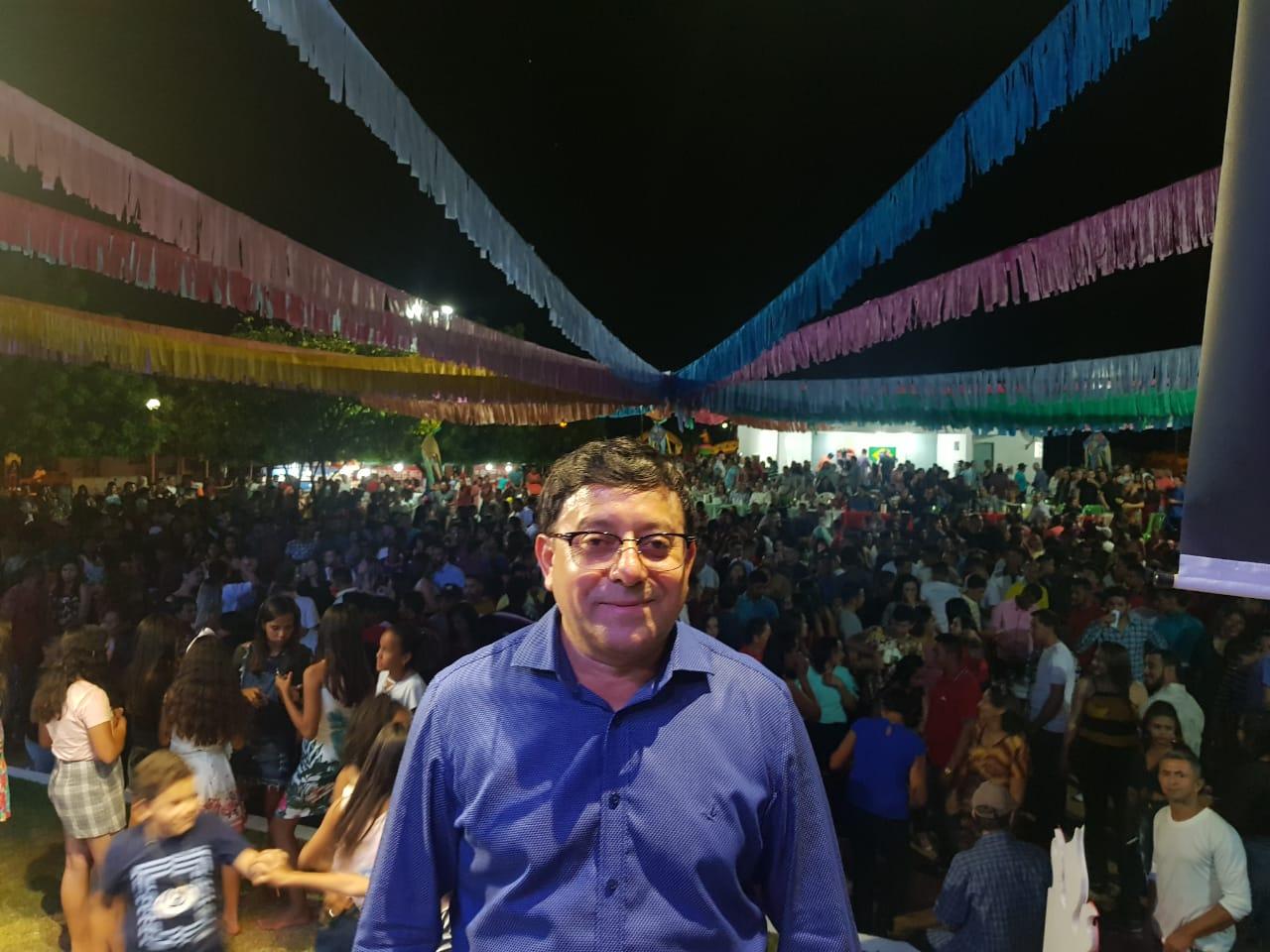 Foto de Prefeito Maninho promove grande festa de encerramento dos festejos de São Pedro em Coronel José Dias